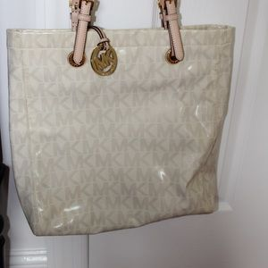 MK White Shoulder Bag